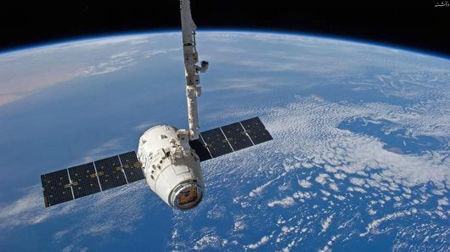 102284948 spacex space station.530x298